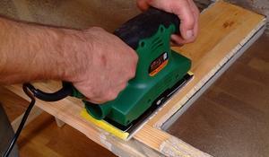 KROK II - Wygładzanie powierzchni drewna